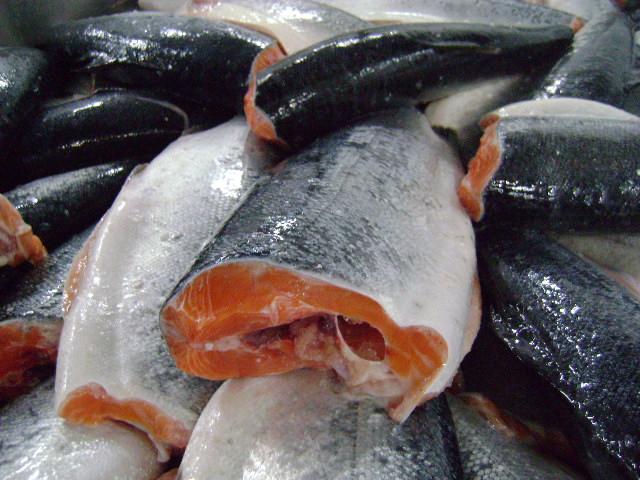 Где в москве купить хорошую рыбу свежую