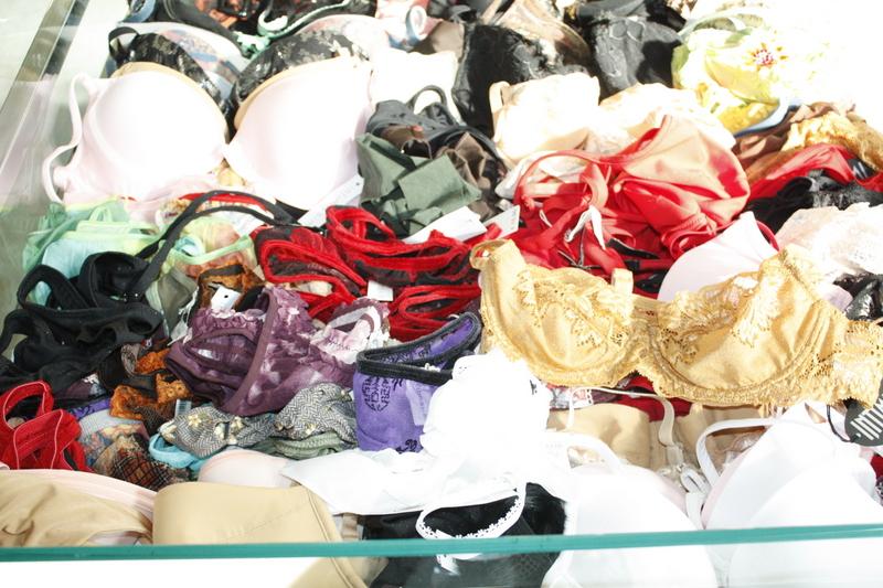 Женское нижнее белье оптом со склада в Одессе, женские трусики от 1.5 Куплю оптом нижнее белье
