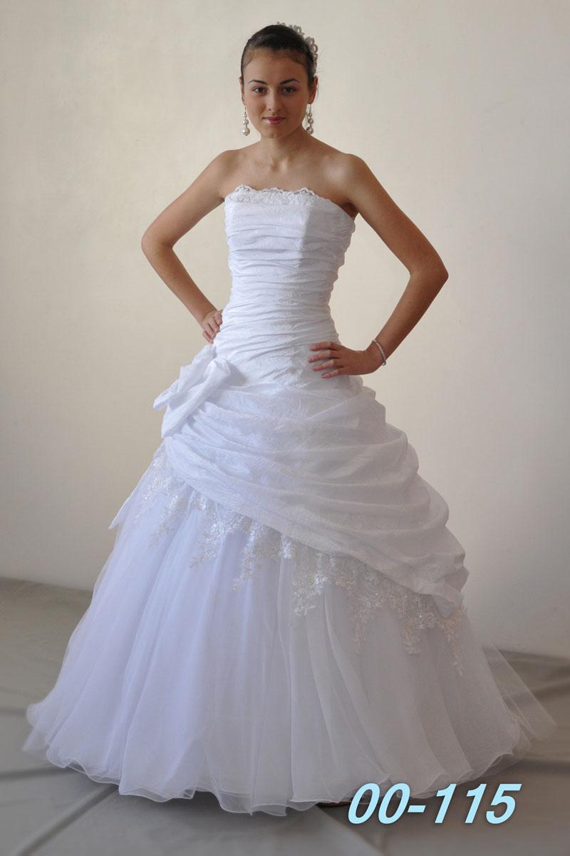 Комментарий: Свадебные платья оптом, цены от производителя, оптовая продажа по цене. Купите свадебные платья на Украине